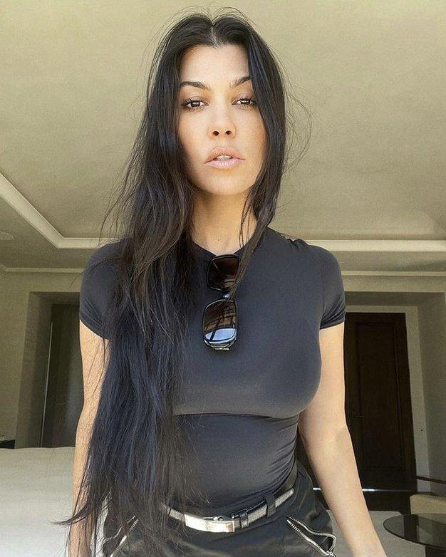 Kourtney Kardashian ima novo pričesko - še nikoli ni imela tako kratkih las - Foto: Profimedia