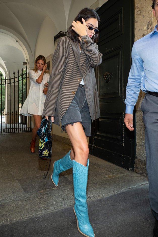 Kavbojski trend ne gre nikamor - poglejte, kako ga bomo nosili jeseni (+kje kupiti) - Foto: Profimedia