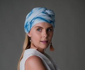 Vam je všeč trajnosten etno modni pridih? Navdušila vas bo ta nova slovenska modno znamka