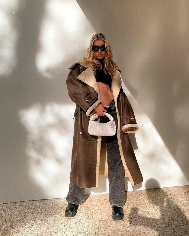 Poglejte, zakaj s kavbojkami nikoli ne bi smeli nositi hlačnih nogavic - Foto: Profimedia