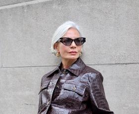 Kako to jesen modno nositi usnjene kose za ženske nad 50 let