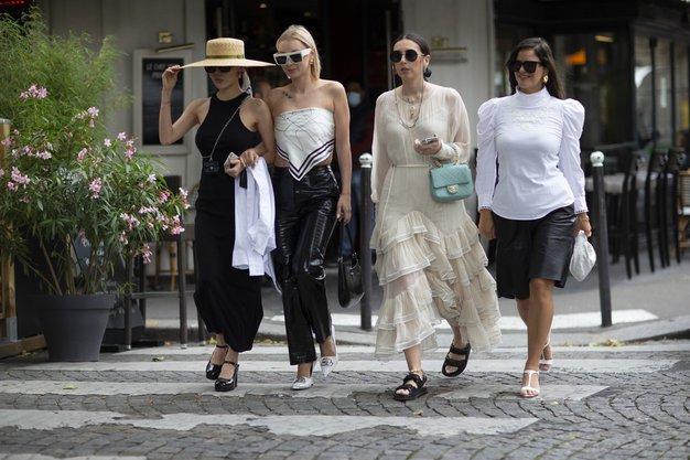 8 brezčasnih modnih kosov, ki jih ima v svoji omari vsaka dobro oblečena Francozinja - Foto: Profimedia