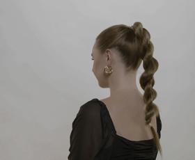 3 preproste trendi frizure, ki jih bomo nosili to sezono