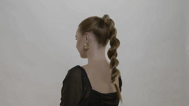 3 preproste trendi frizure, ki jih bomo nosili to sezono - Foto: Elle