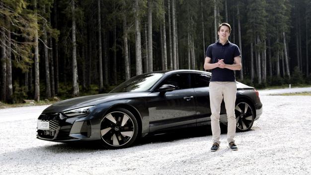 Za vse ljubiteljice avtomobilov prihaja Avto Magazin TV z najboljšimi vsebinami iz avtomobilskega sveta - Foto: Osebni arhiv