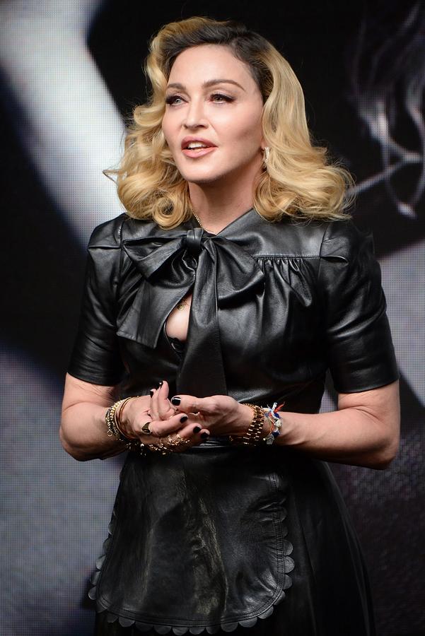 Madonna še ni končala z lepotnimi operacijami. Pop diva je s svojim novim videzom šokirala javnost - Foto: Profimedia