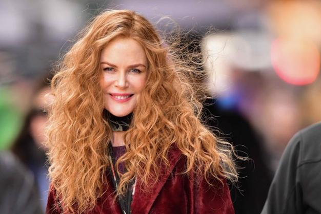 Nicole Kidman se je poslovila od svojih oranžnih las! Zaljubljeni smo v njene dolge, zlate lase - Foto: Profimedia