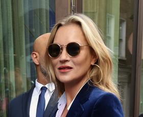 Ta stajling Kate Moss boste oboževali, če široke kavbojke niso po vašem okusu