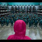 Svet je obnorela ta kontroverzna serija na Netflixu in v njej igra ta slavna manekenka