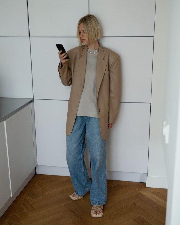 To je zmagovalna kombinacija s suknjičem, ki jo bomo to sezono videli povsod - Foto: Instagram