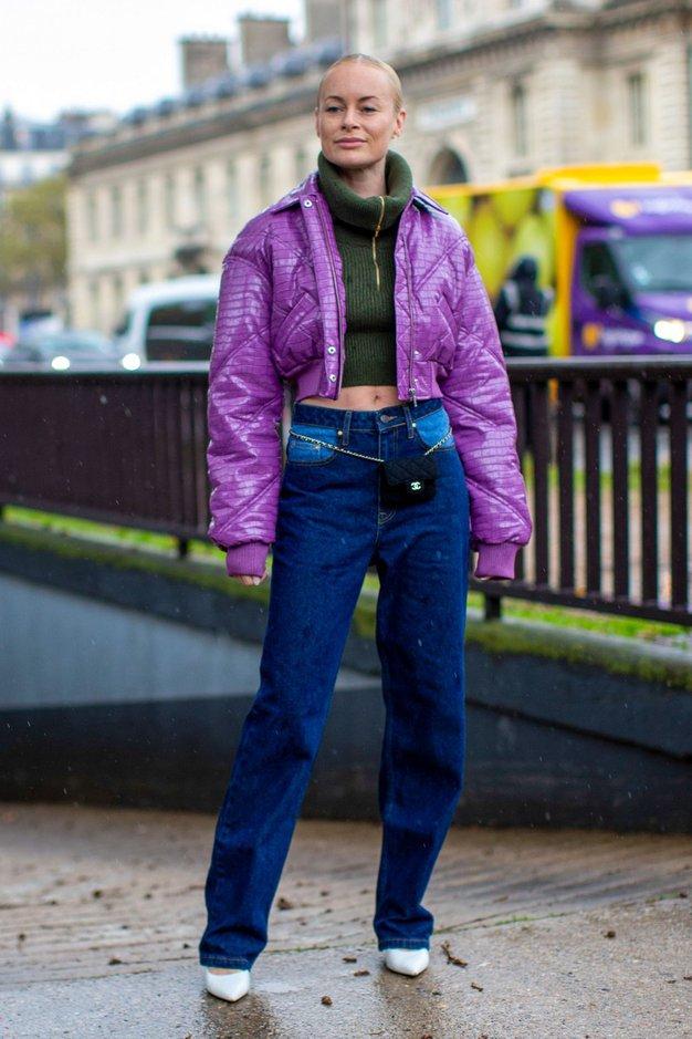 Poslovite se od svetlih kavbojk, modne revije napovedujejo ta trend - Foto: Profimedia