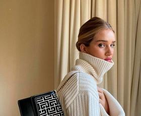 Izbrali smo 10 najlepših in najbolj udobnih pletenih puloverjev pod 50 evrov